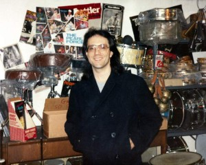 Vinnie Colaiuta at Drummers World in 1988